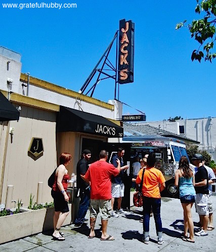 Second San Jose Beerwalk in Japantown hosted by Jack's Bar & Lounge