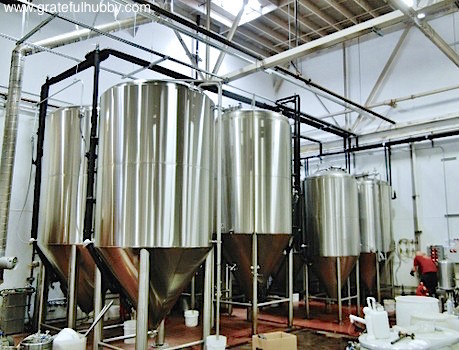 Hermitage-Brewing-Company-fermenters-and-storage-stanks